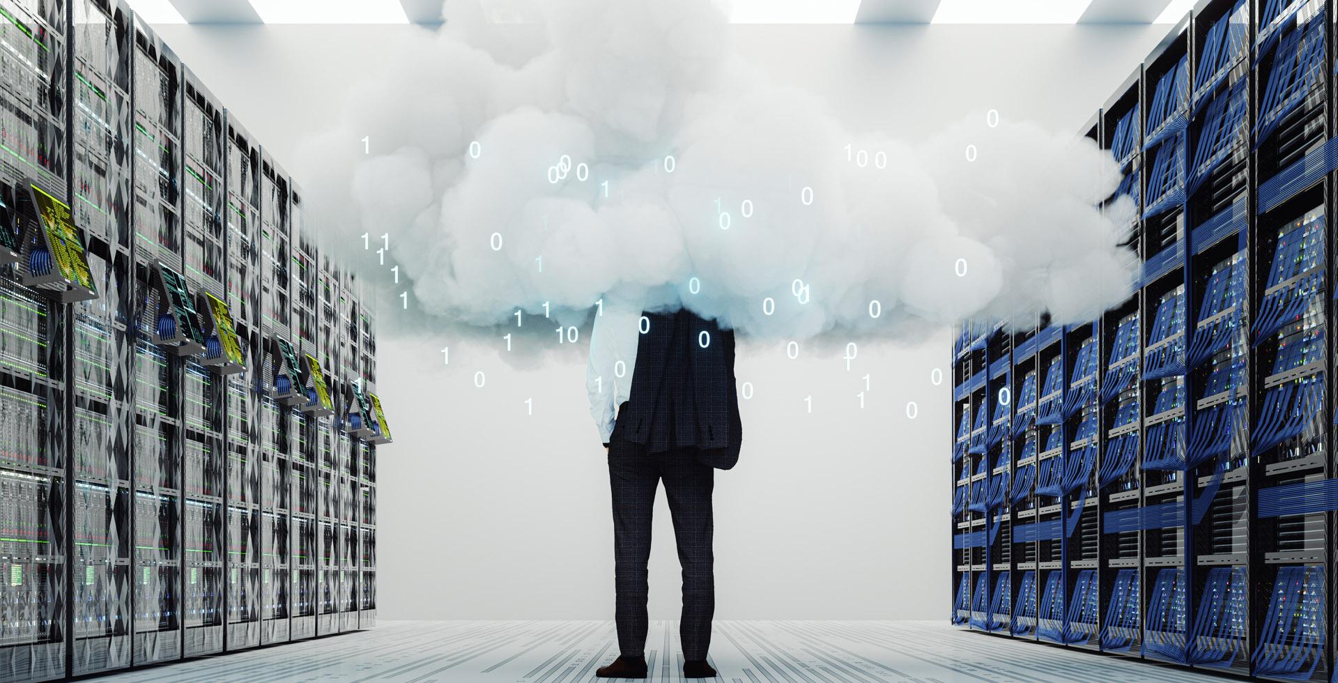 ewerk-trendthema-kritis-cloud-oeffentliche-wolke-mann-1920x980